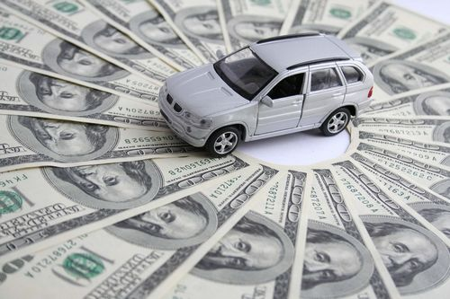Benefits and drawbacks associated with Renting versus Purchasing a Vehicle